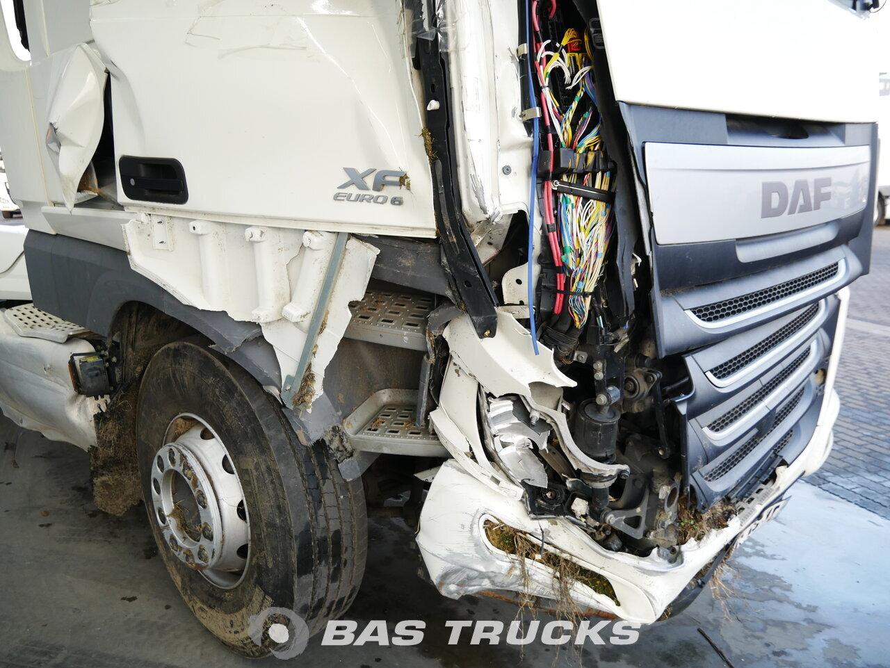 foto de Usado Cabeza tractora DAF XF 460 SC Unfall 4X2 2015
