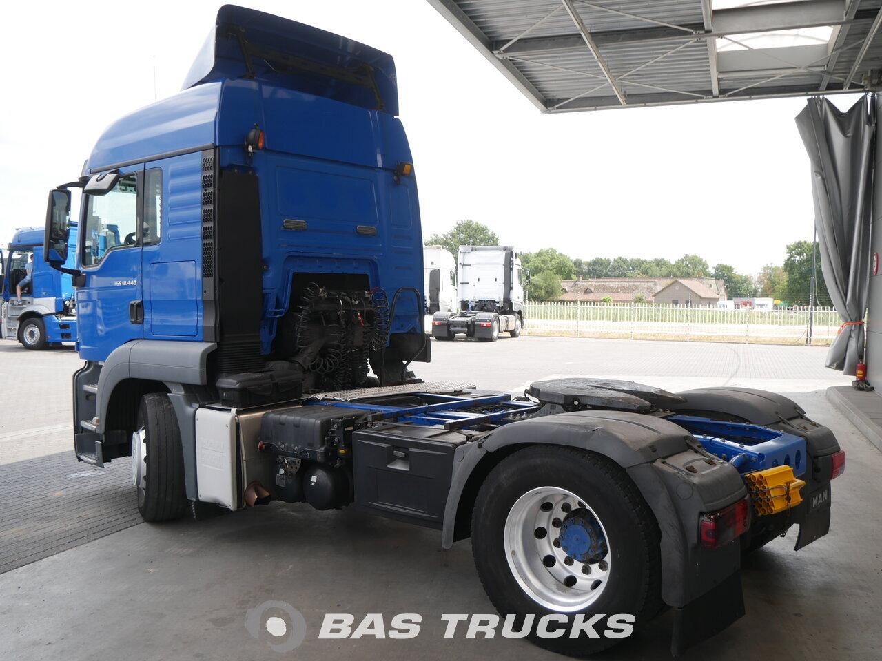 foto de Usado Cabeza tractora MAN TGS 18.440 4X2 2008