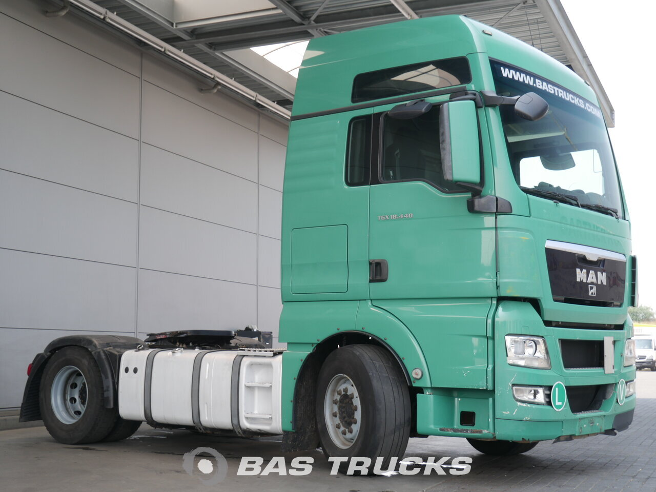 foto de Usado Cabeza tractora MAN TGX 18.440 XLX 4X2 2008