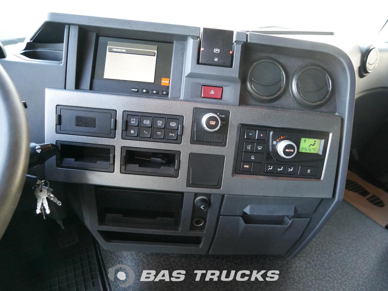 foto de Usado Cabeza tractora Renault T 460 4X2 2014