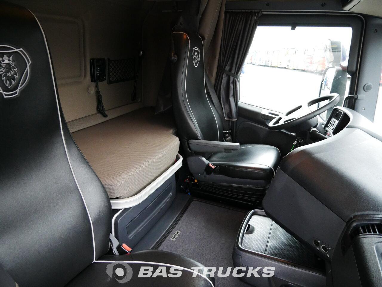 foto de Usado Cabeza tractora Scania R520 V8 4X2 2014