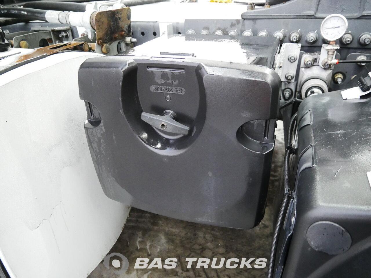 foto de Usado Cabeza tractora Volvo FH 480 4X2 2009