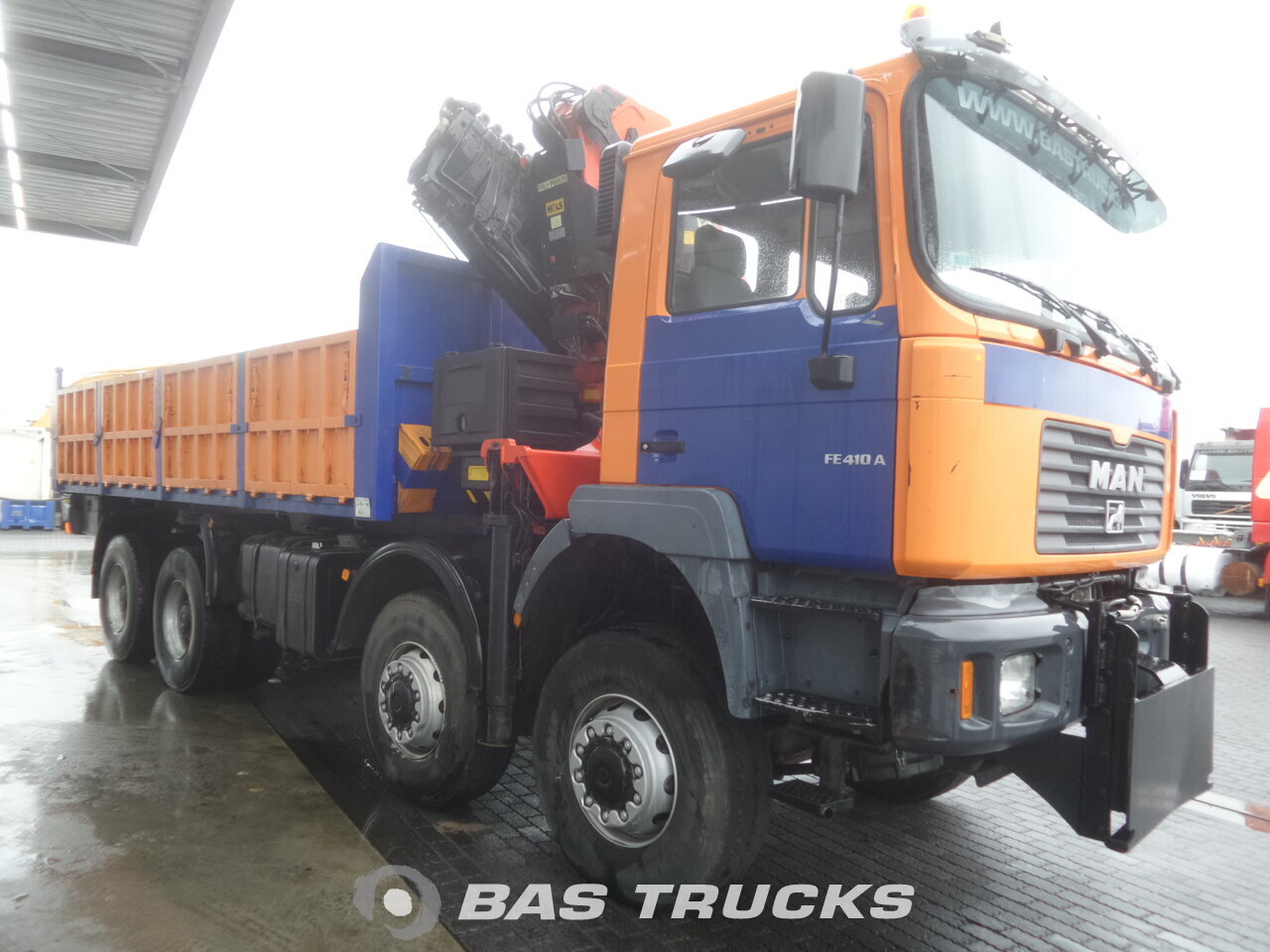 À venda em BAS Trucks: MAN 41 414 M 8x8 8X8 04/2002