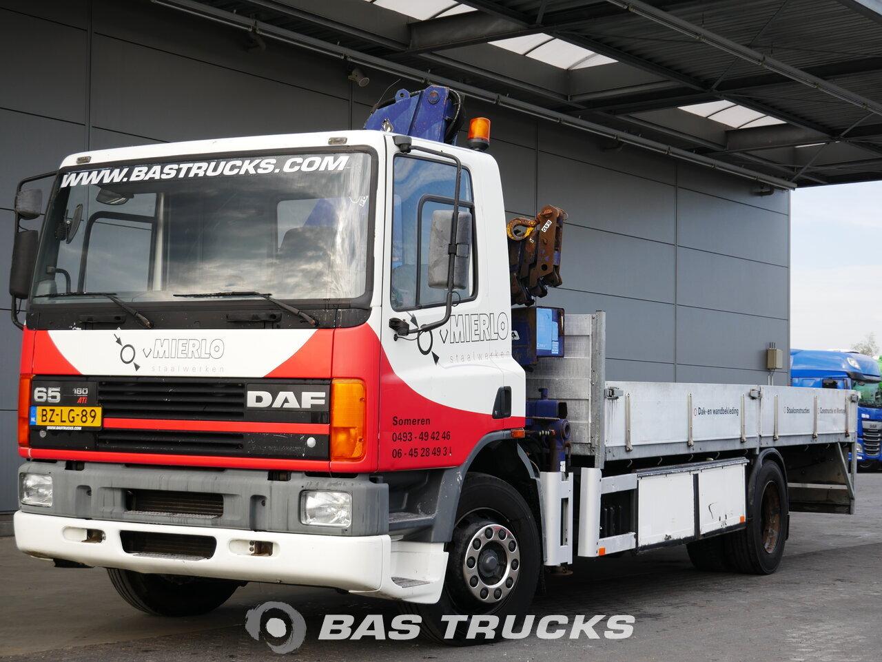 foto de Usado Camiones DAF CF65 180 ATi 4X2 1994