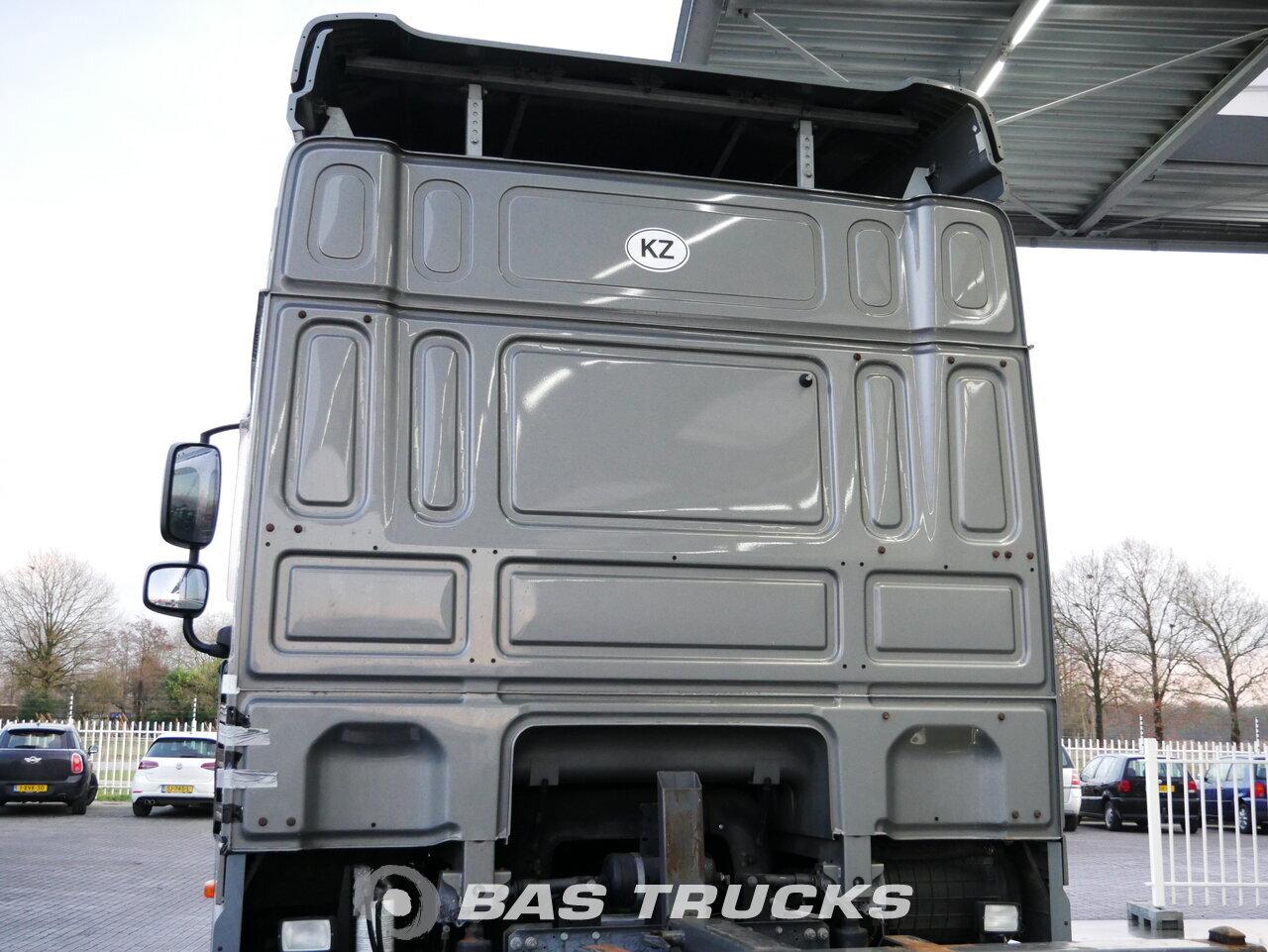 foto de Usado Camiones DAF XF105.460 Kurbelwelle Schade 6X2 2011