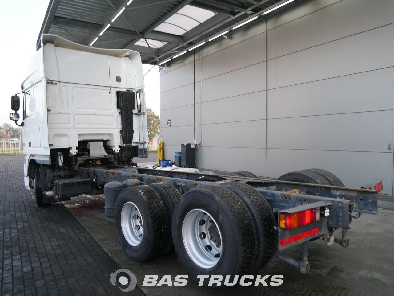foto de Usado Camiones DAF XF105.460 SSC 6X2 2012