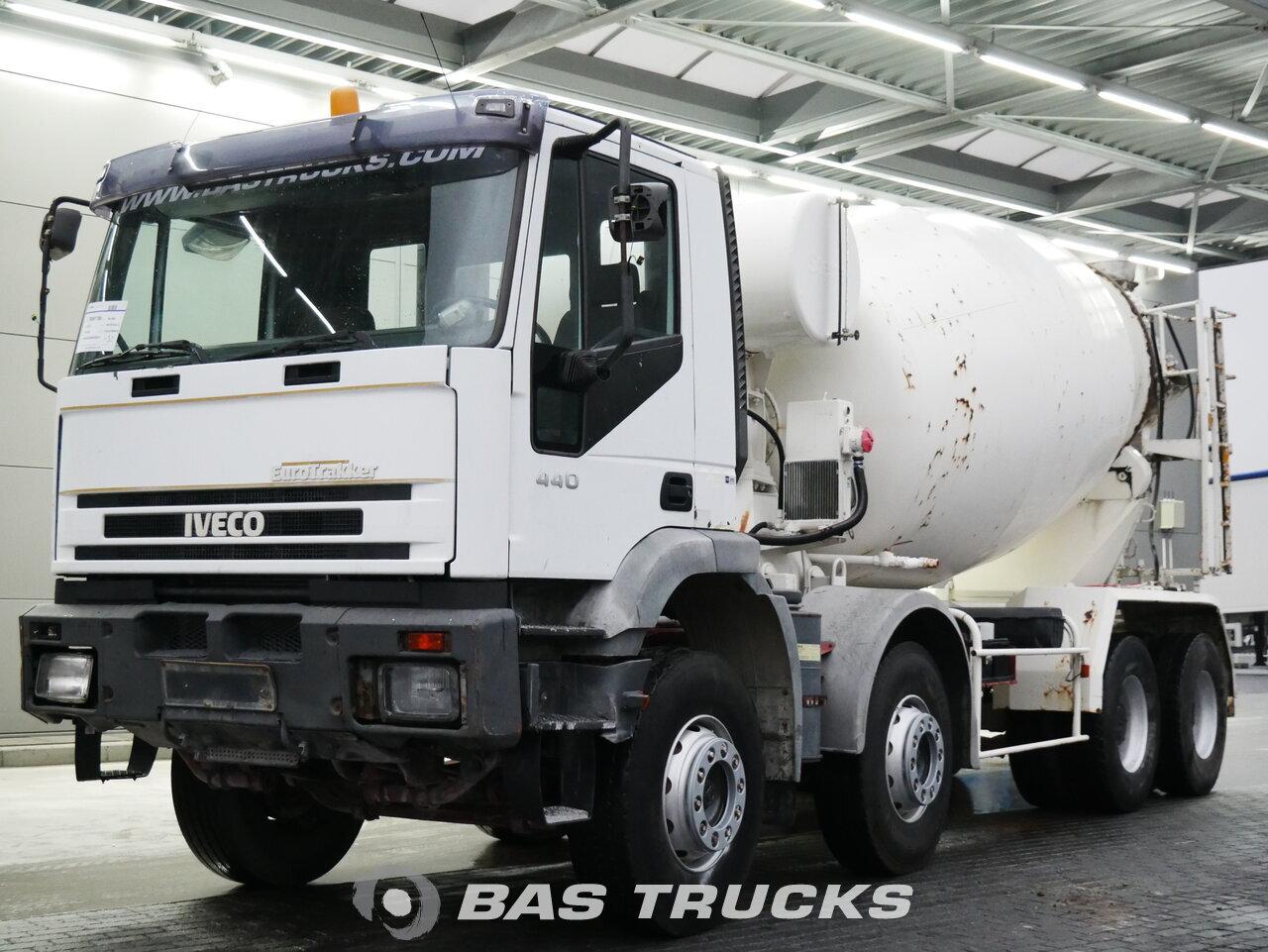 foto de Usado Camiones IVECO EuroTrakker 340E34 8X4 1999
