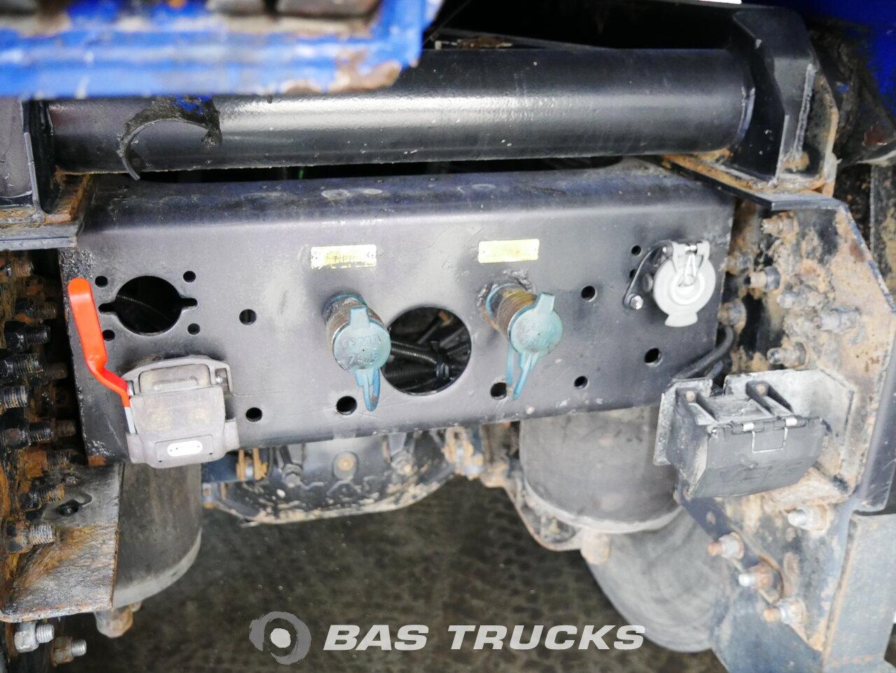 foto de Usado Camiones MAN TGA 26.530 L 6X4 2004