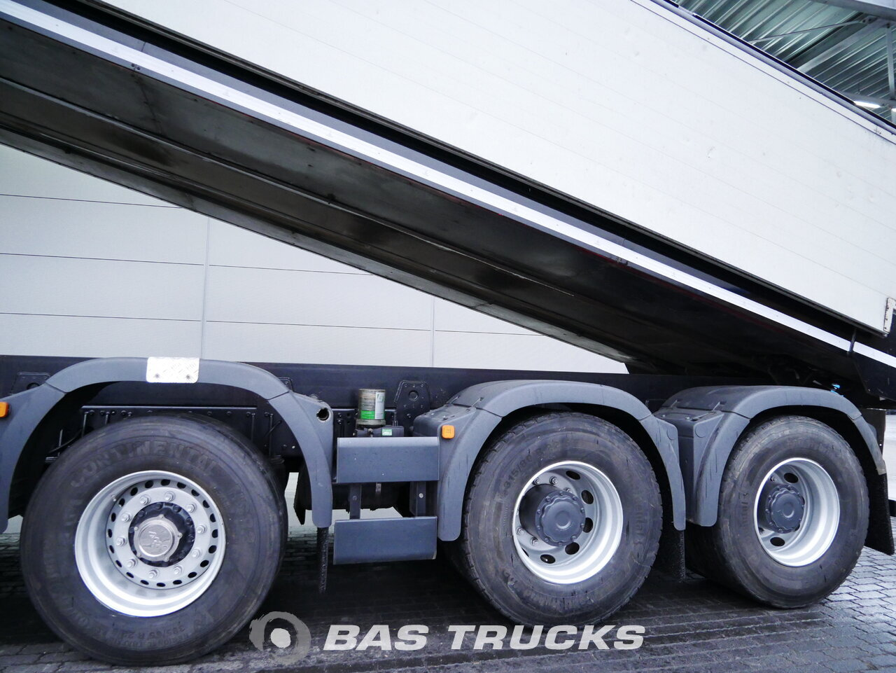 foto de Usado Camiones MAN TGS 49.440 M 10X4 2017