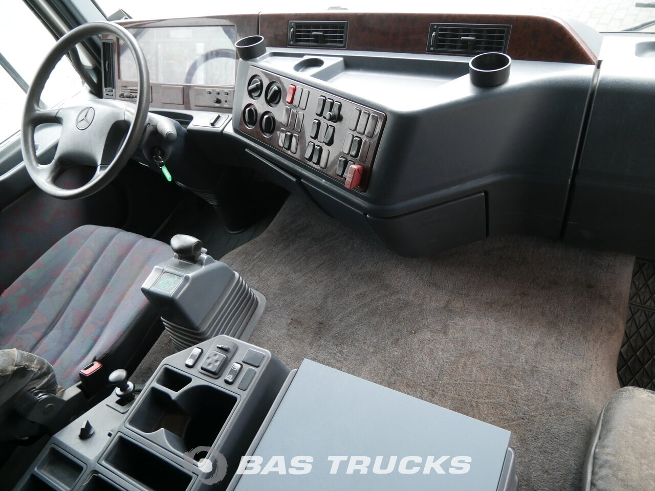 foto de Usado Camiones Mercedes Actros 2543 L 6X2 1999