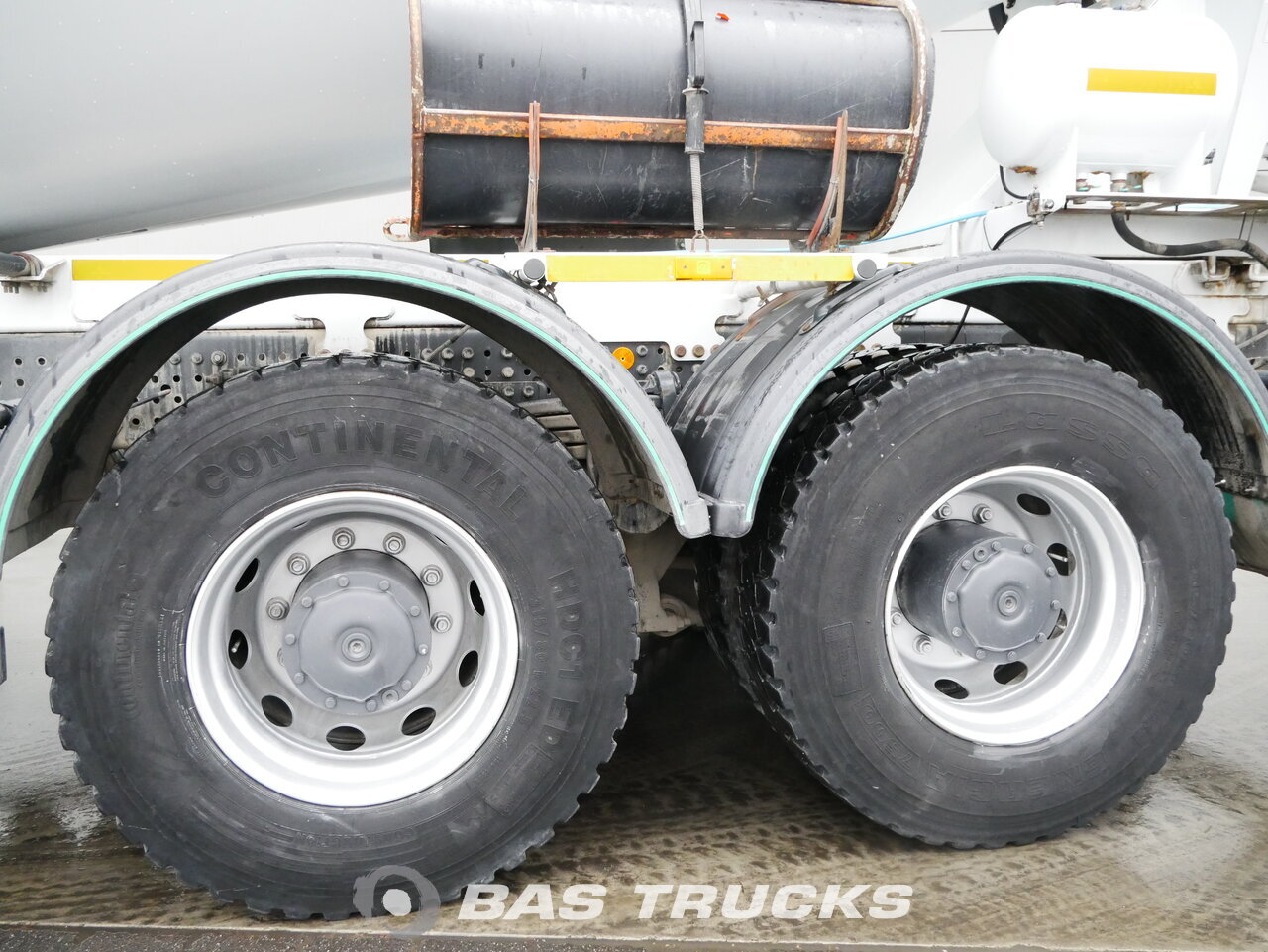 foto de Usado Camiones Mercedes Arocs 4142 8X4 2016