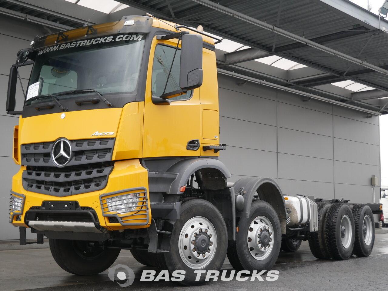 foto de Usado Camiones Mercedes Arocs 4151 AK 8X8 2018