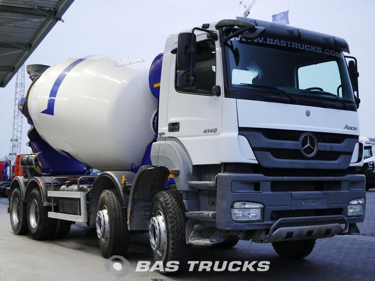 foto de Usado Camiones Mercedes Axor 4140 B 8X4 2015
