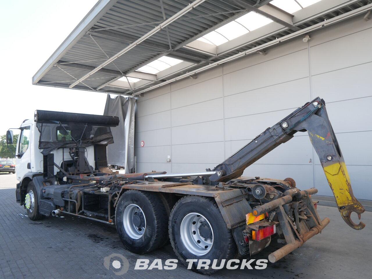 foto de Usado Camiones Renault Premium 370 6X2 2005