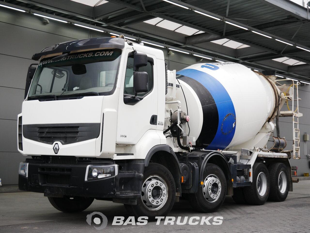 foto de Usado Camiones Renault Premium Lander 380 DXi 8X4 2011