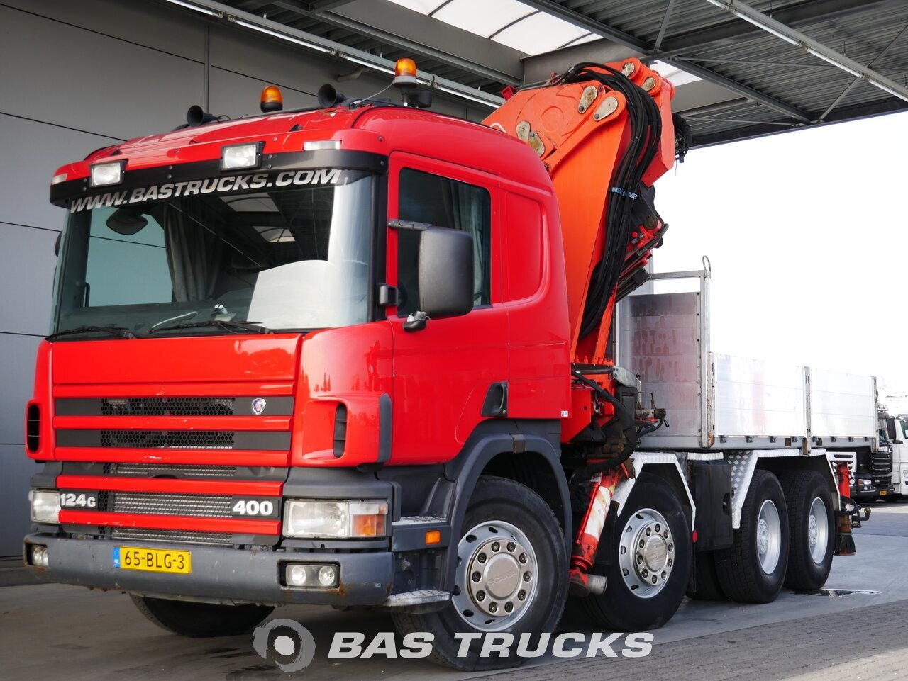 foto de Usado Camiones Scania P124G 400 8X4 1998
