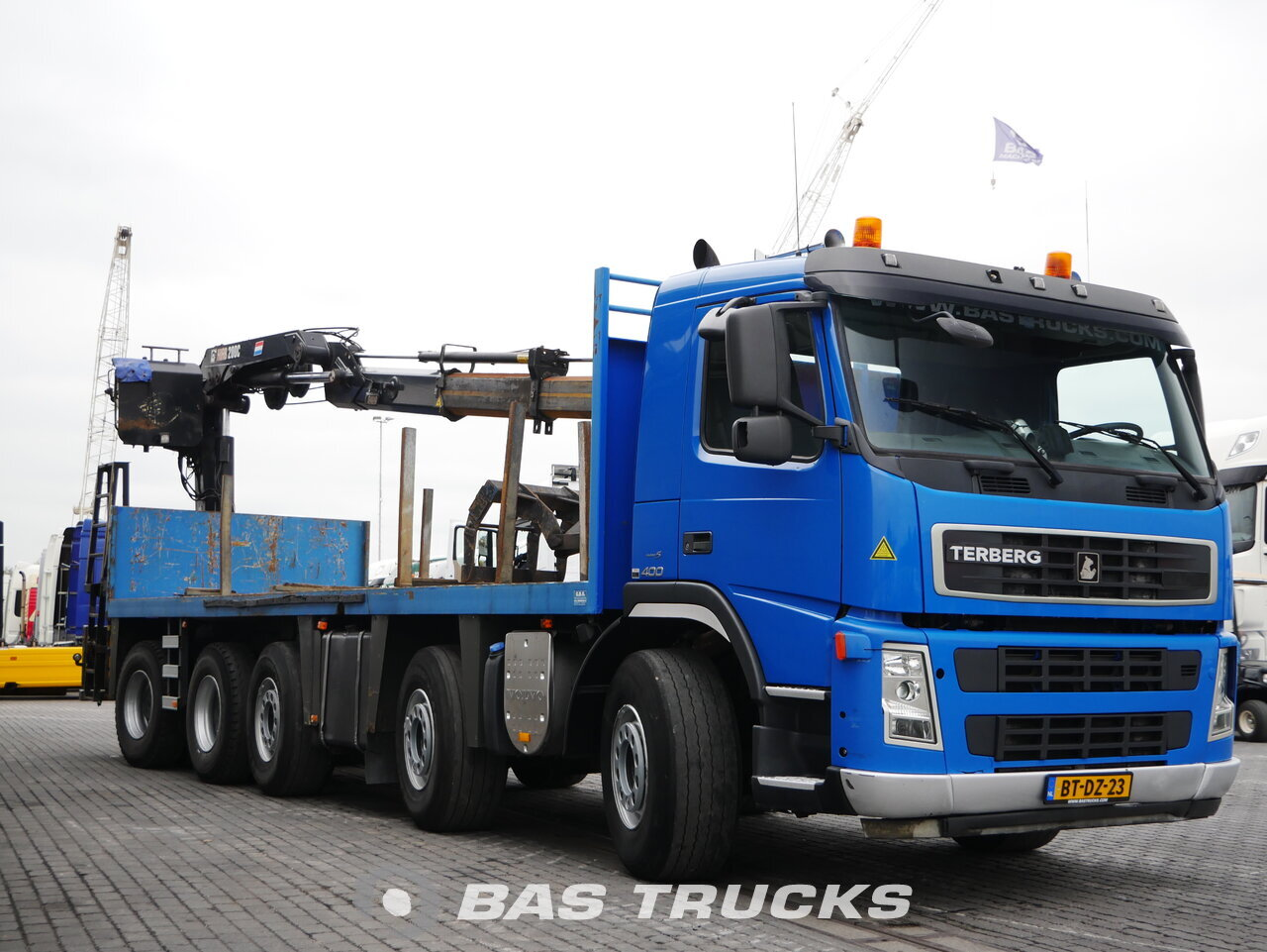 foto de Usado Camiones Terberg FM2850 10X4 2007