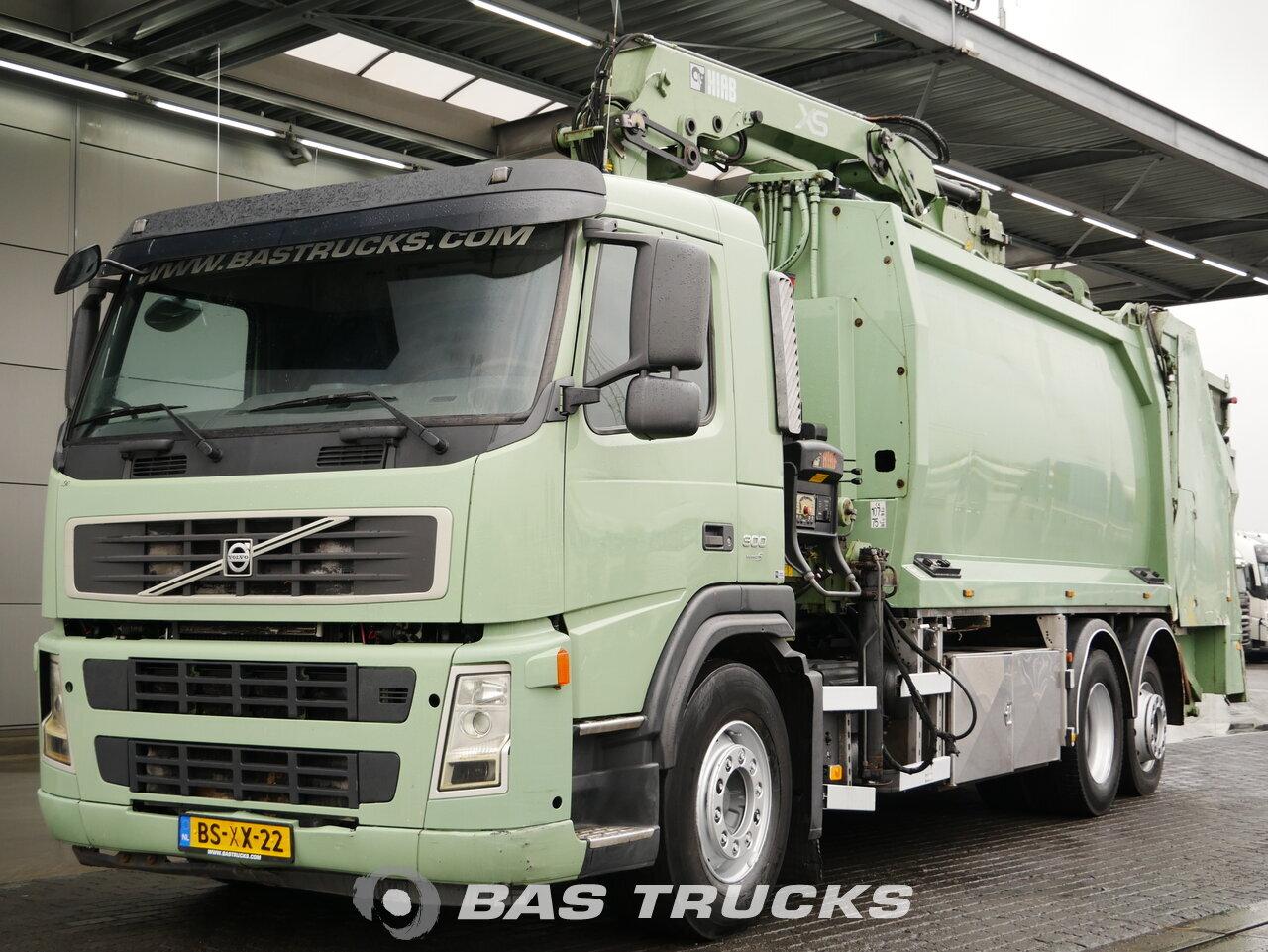 foto de Usado Camiones Volvo FM 300 6X2 2007