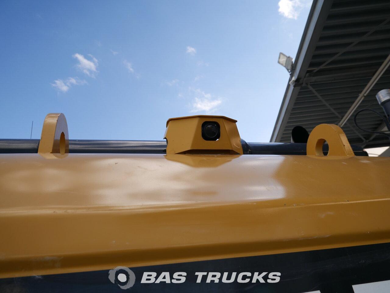 foto de Usado Máquinaria de construcción Caterpillar 329D L Track 2010