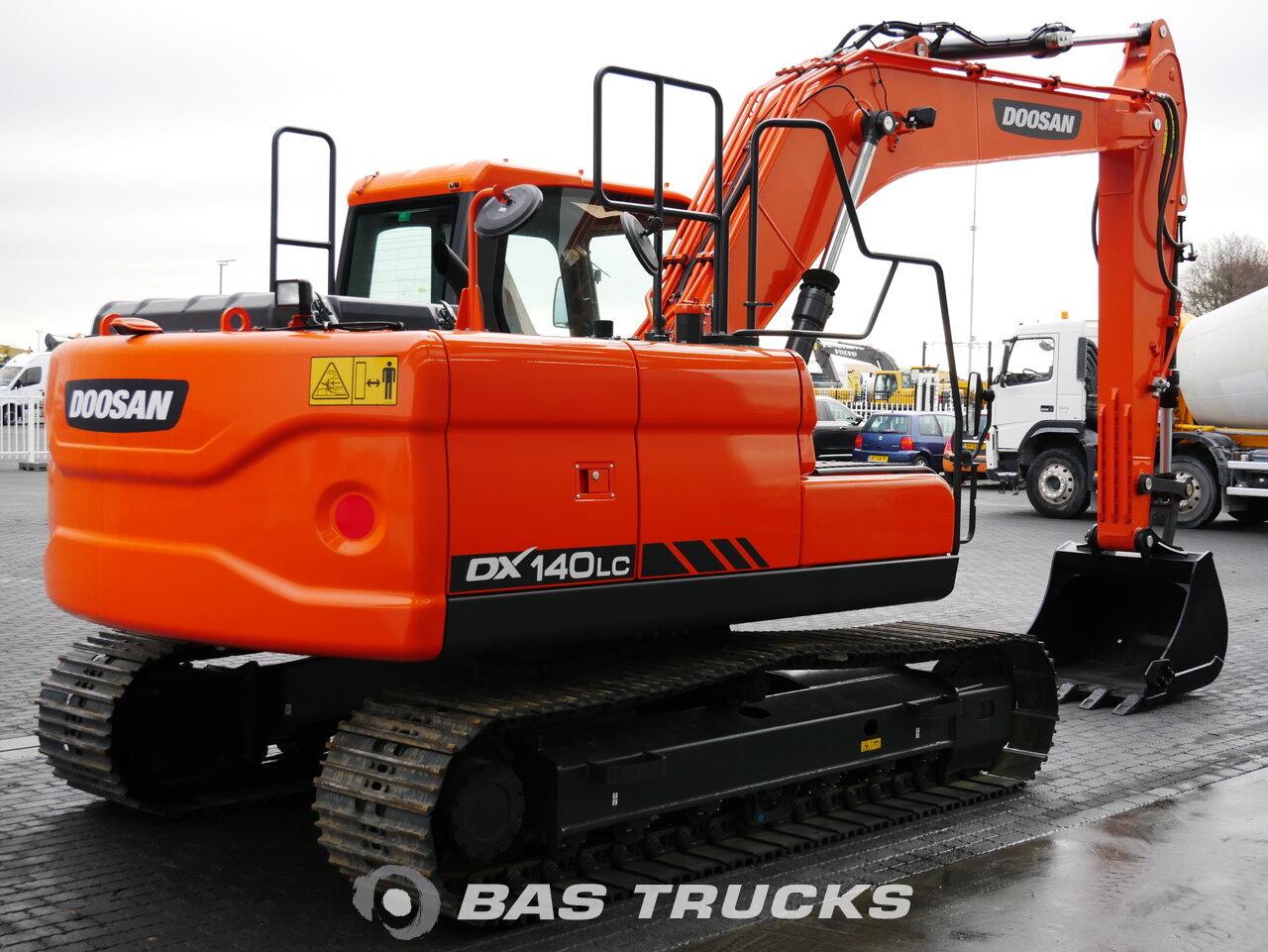 foto de Usado Máquinaria de construcción Doosan DX140LC Track 2018