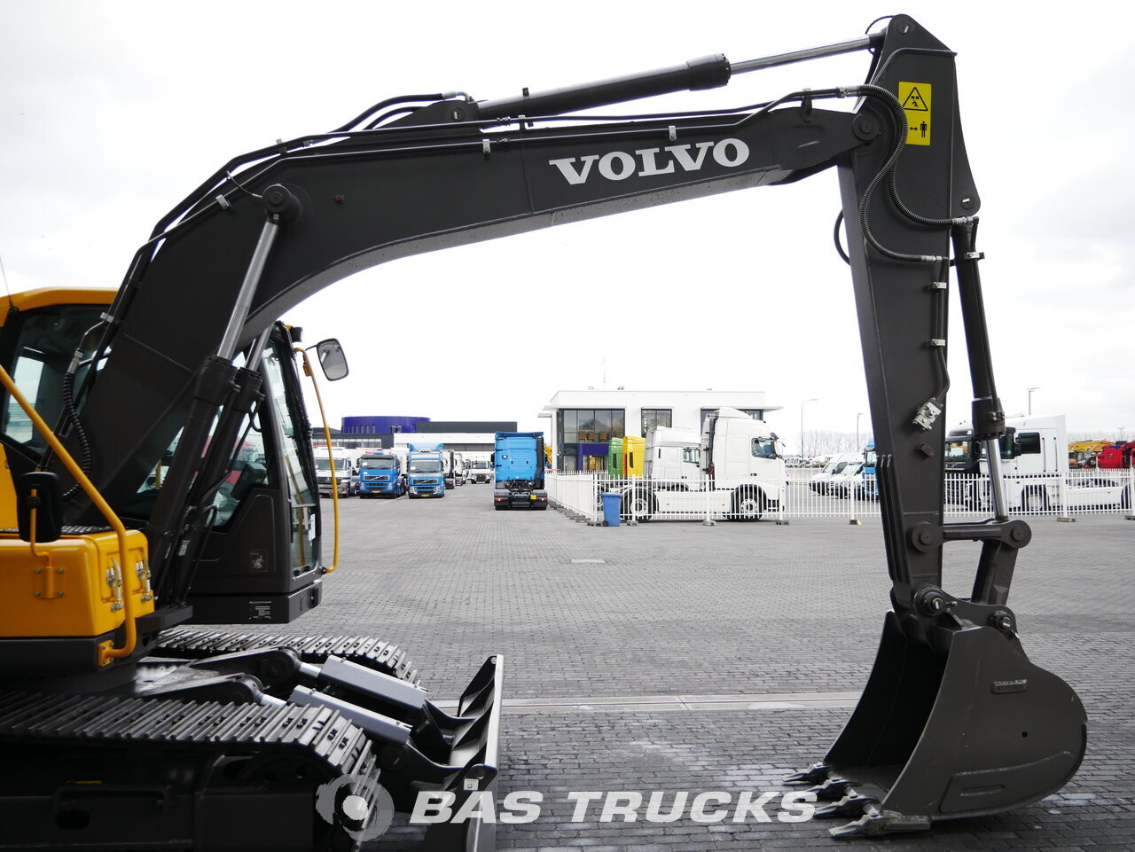 foto de Usado Máquinaria de construcción Volvo EC 140 D Track 2018