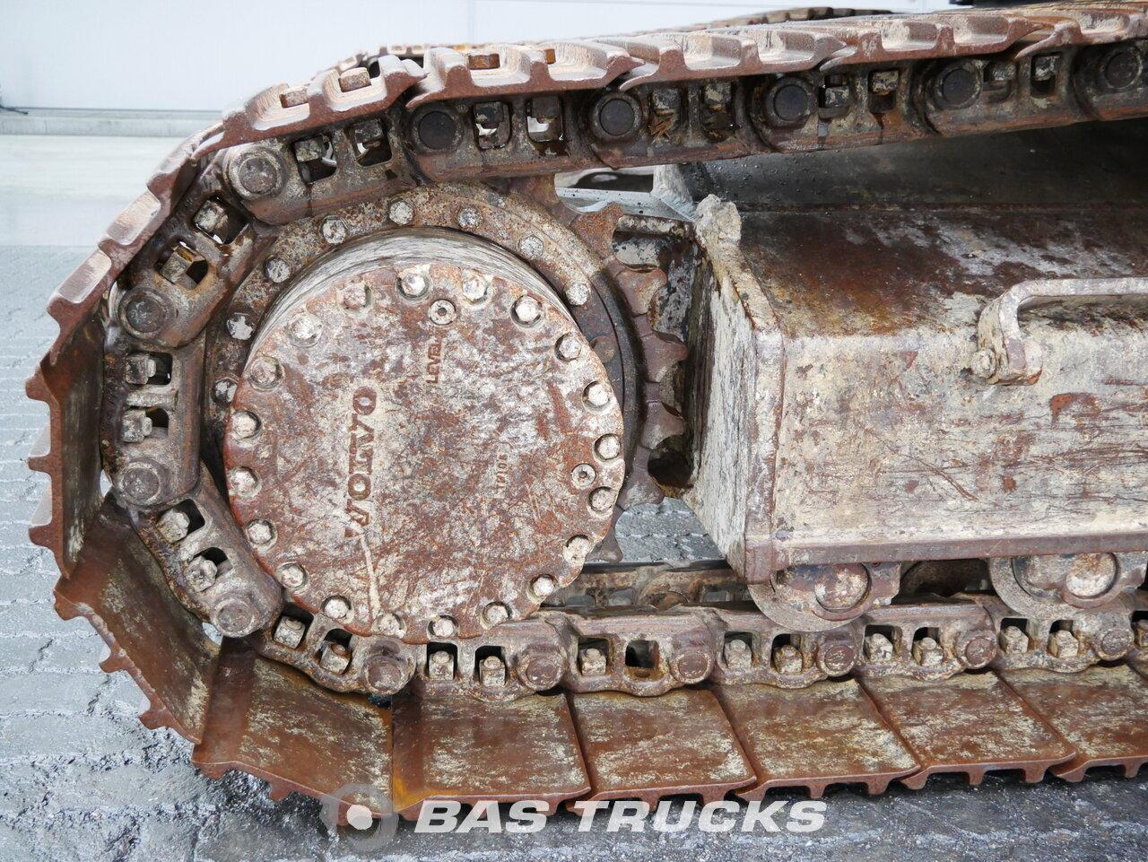 foto de Usado Máquinaria de construcción Volvo EC240CL Track 2012