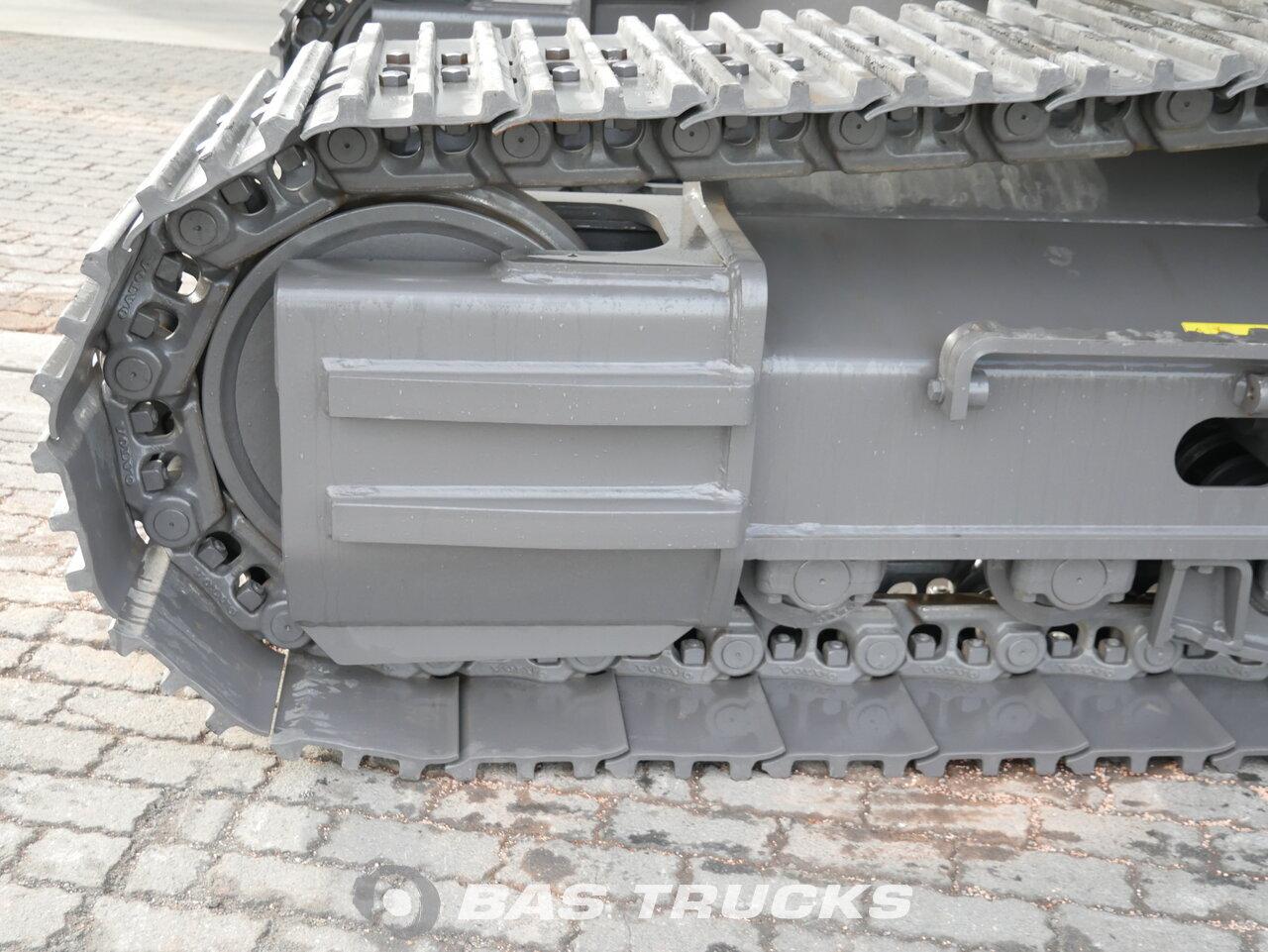 foto de Usado Máquinaria de construcción Volvo EC300 DL Track 2018