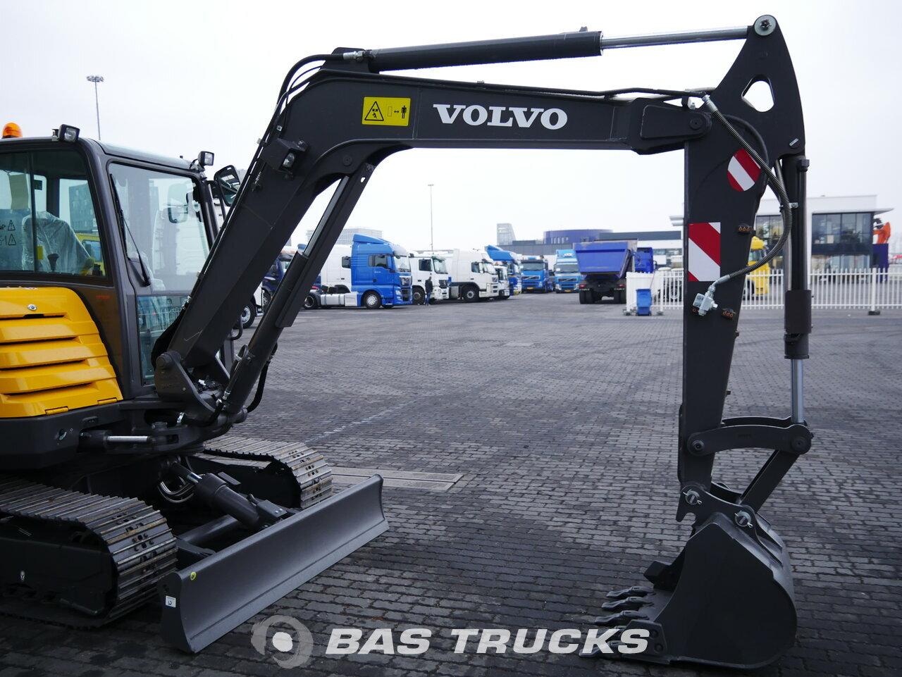 foto de Usado Máquinaria de construcción Volvo EC55C Track 2018