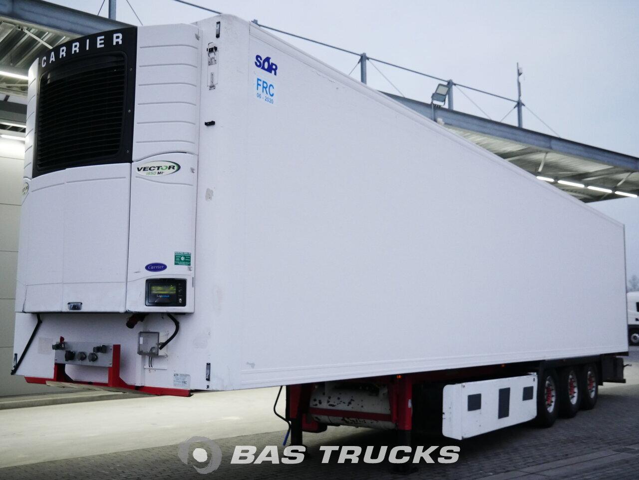 foto de Usado Semirremolque Lecsor Carrier Vector 1850mt Bi-temp Multitemp Doppelverdampfer Trennwand Ejes 2011