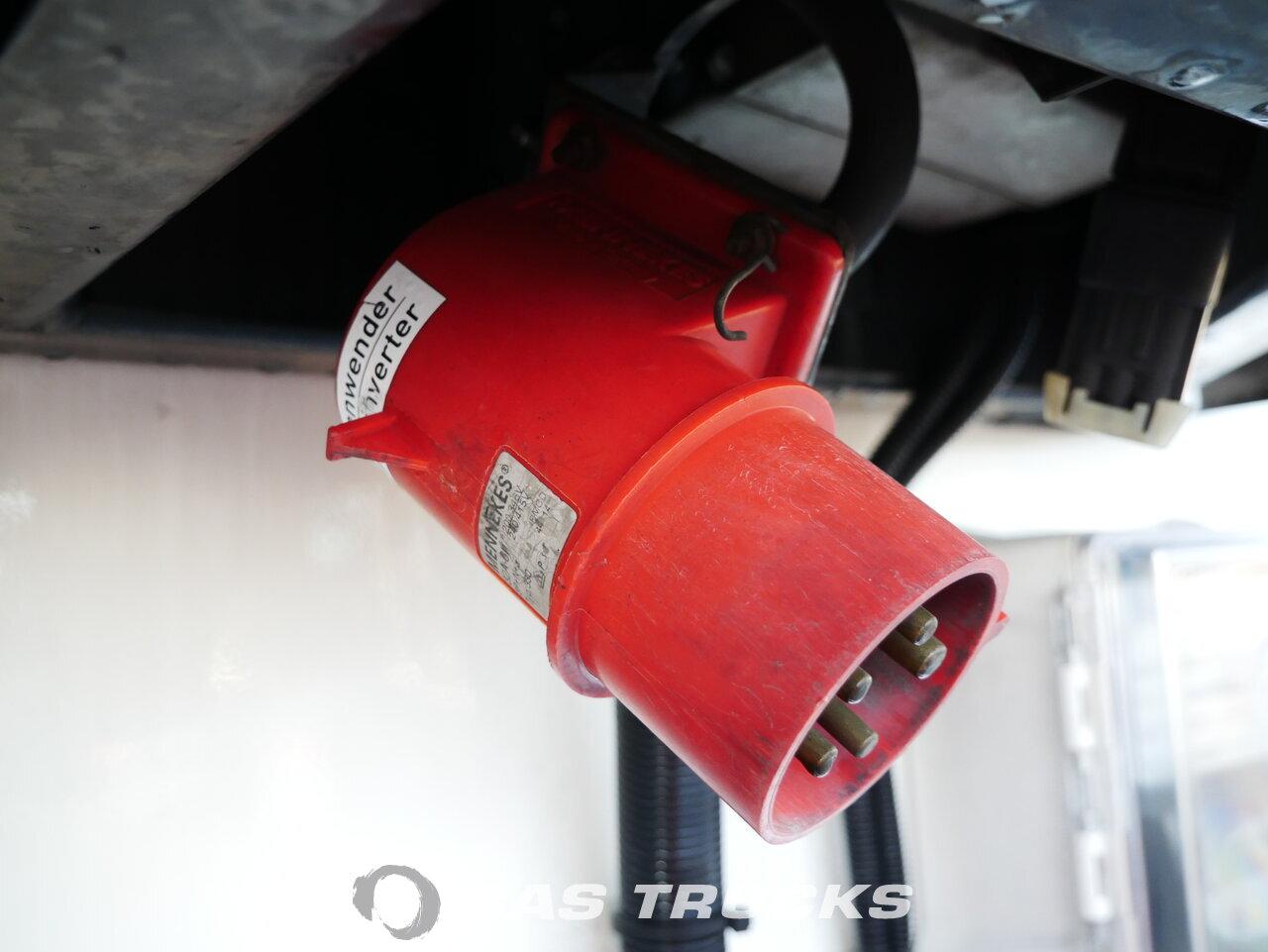 foto de Usado Semirremolque Schmitz Doppelstock Bi-temp Multitemp Trennwand Vector 1850mt SKO 24 Ejes 2003