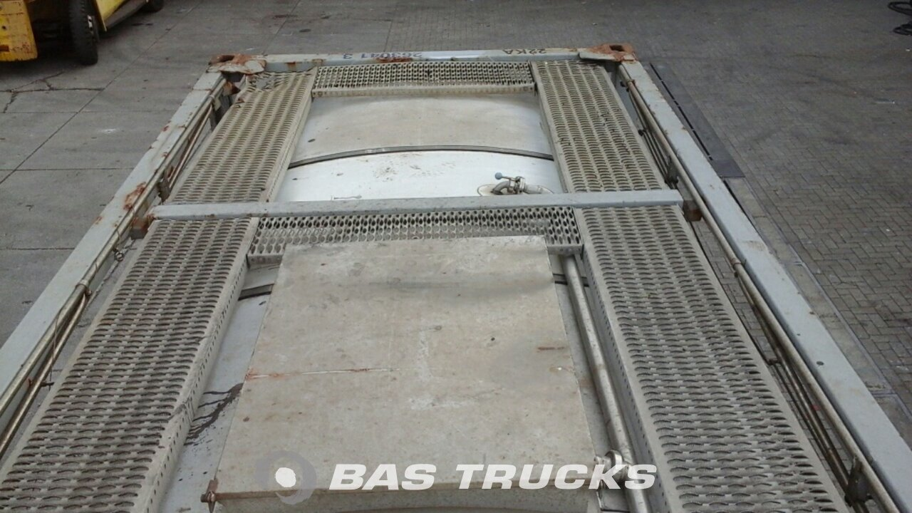 foto di Usato Container Van Hool 20Ft Tankcontainer IMO-2 26000Ltr 20ft 1996