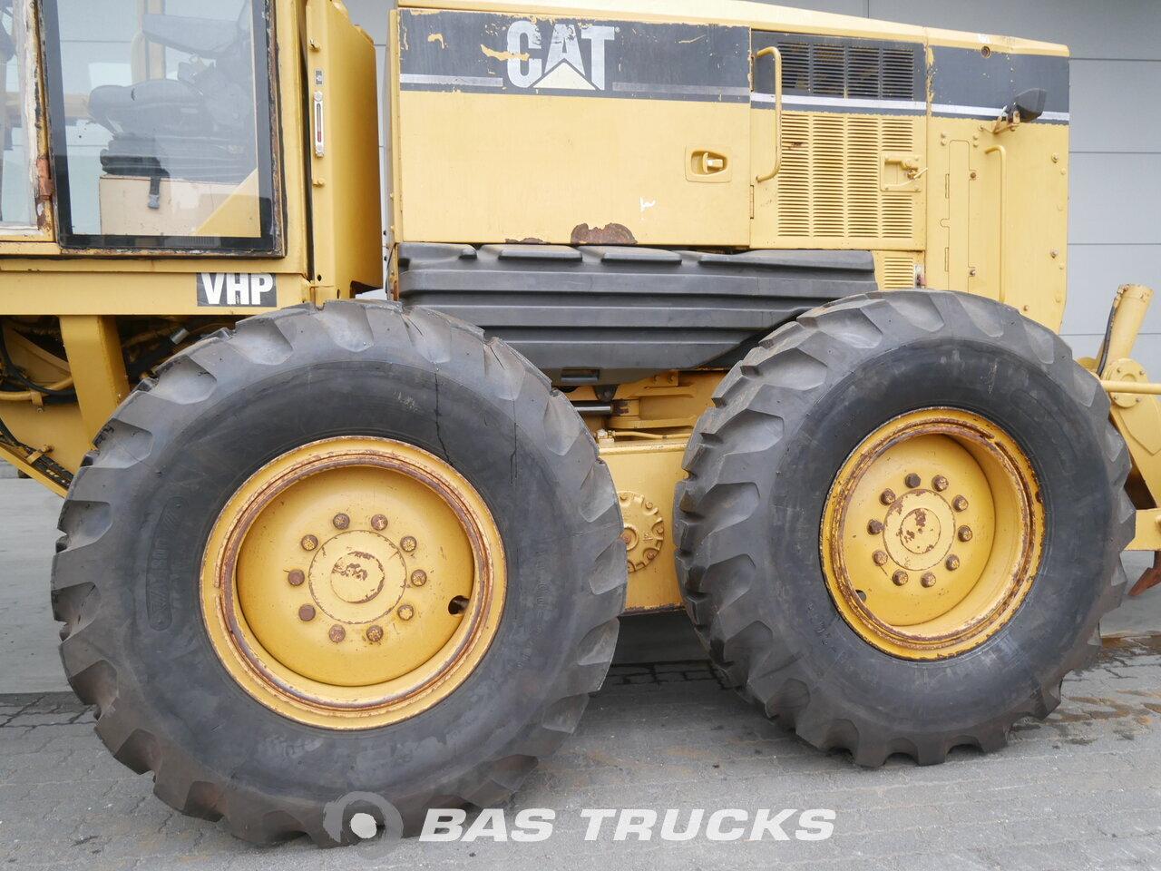 foto di Usato Macchine Movimento Terra Caterpillar 12H 6X4 2006