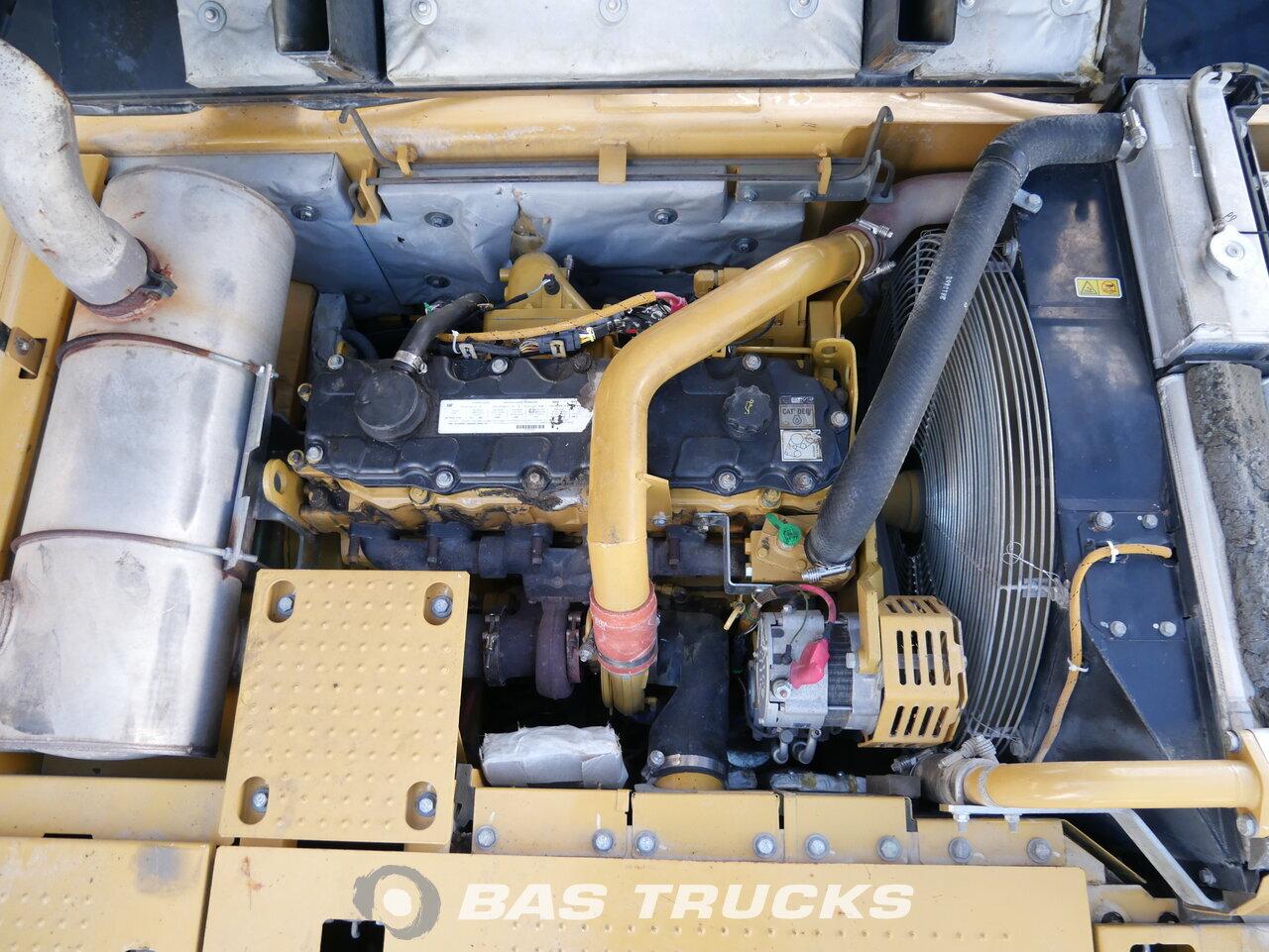 foto di Usato Macchine Movimento Terra Caterpillar 329D L Track 2010