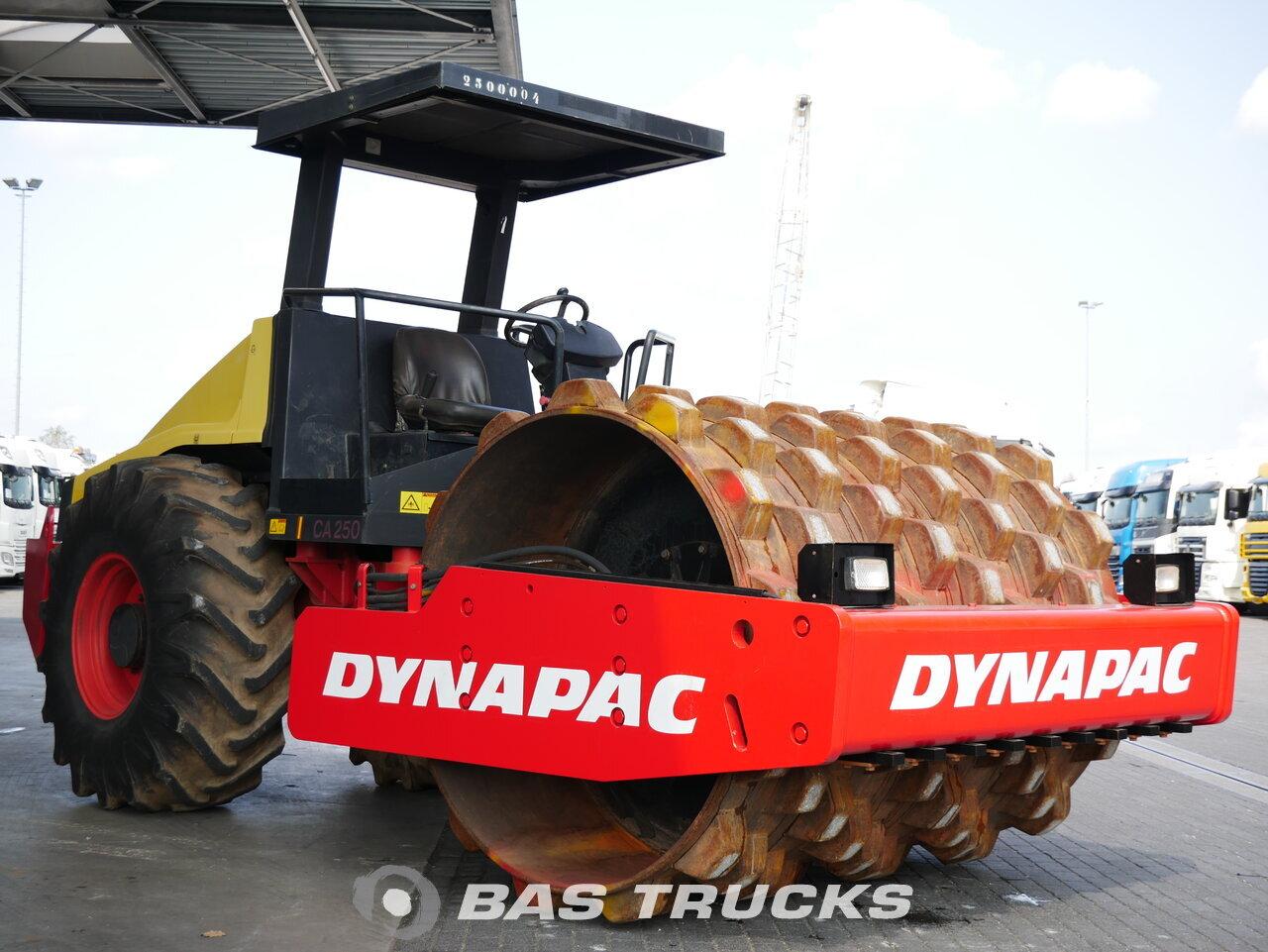 foto di Usato Macchine Movimento Terra Dynapac CA250 Roller 2010