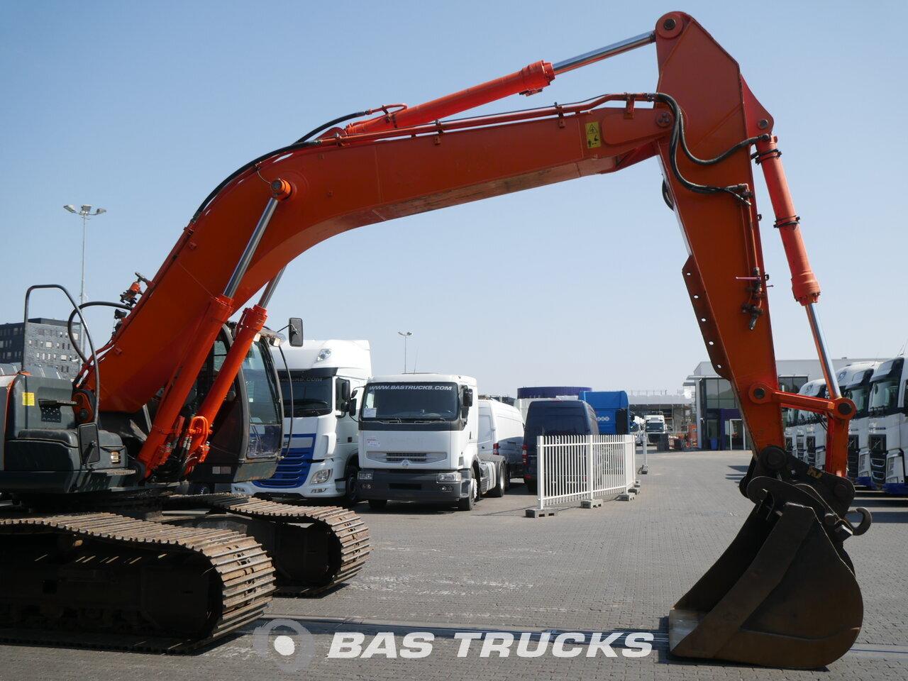 foto di Usato Macchine Movimento Terra Hitachi ZX350LC-3 Track 2009