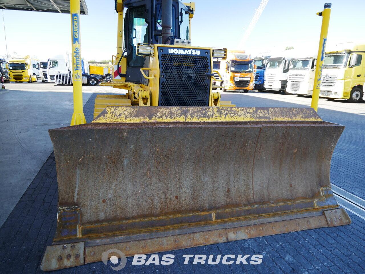 foto di Usato Macchine Movimento Terra Komatsu D61EX Track 2009