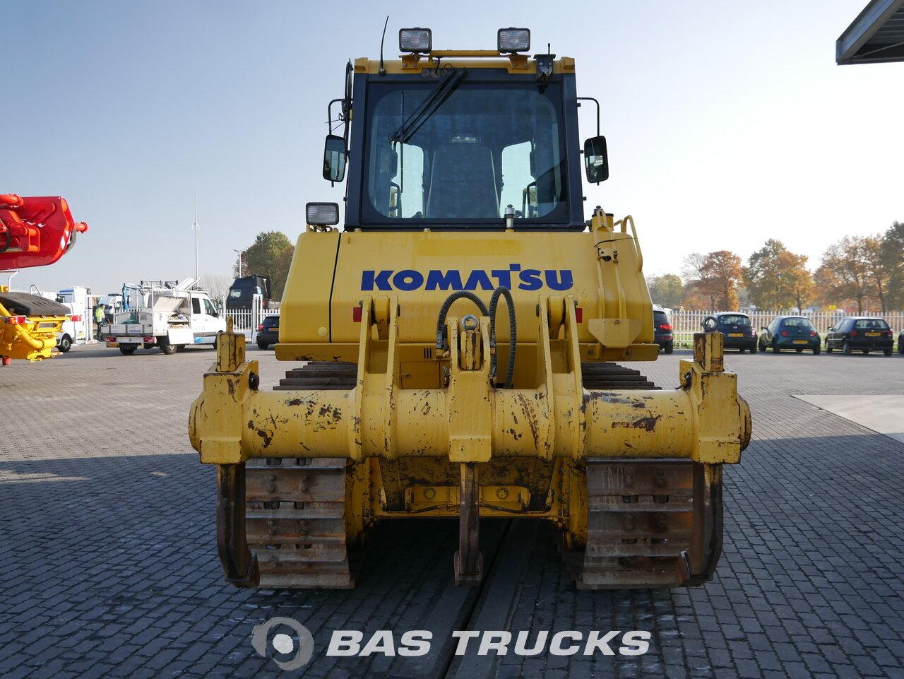foto di Usato Macchine Movimento Terra Komatsu D65EX-16 Track 2011
