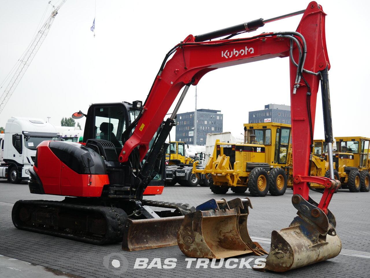 foto di Usato Macchine Movimento Terra Kubota KX080-4 Track 2015