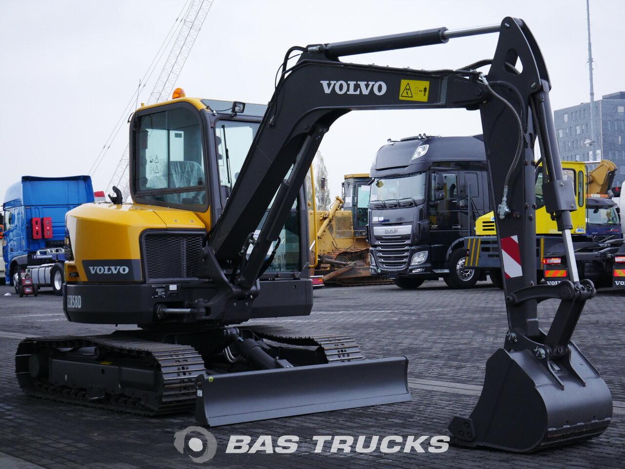 foto di Usato Macchine Movimento Terra Volvo ECR58D Track 2018