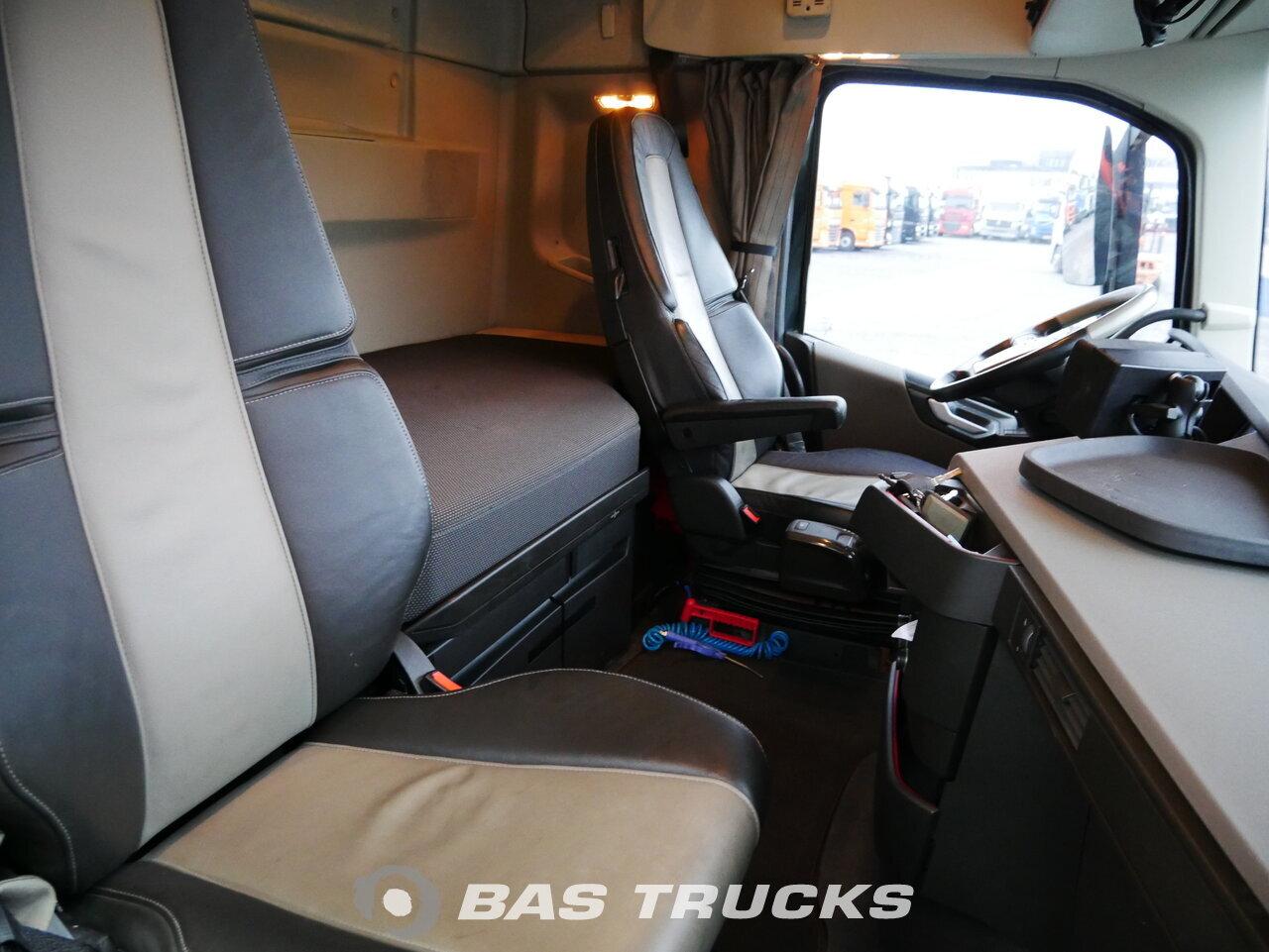 foto di Usato Motrice Volvo FH 420 6X2 2015