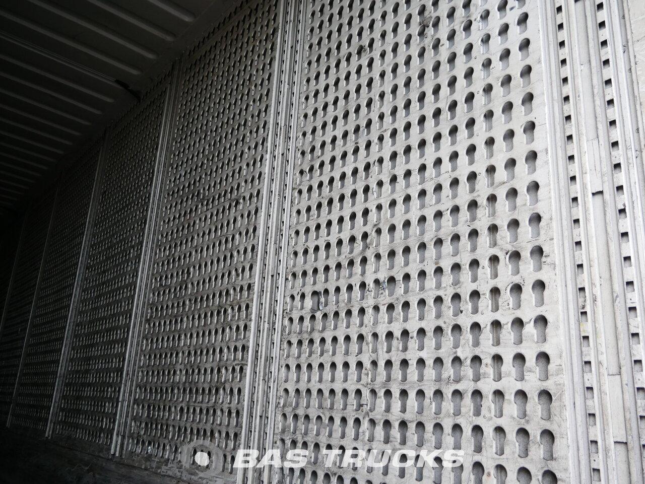 foto di Usato Semirimorchio Krone Textil-Confectie-Kleider Palettenkasten SD assi 2011