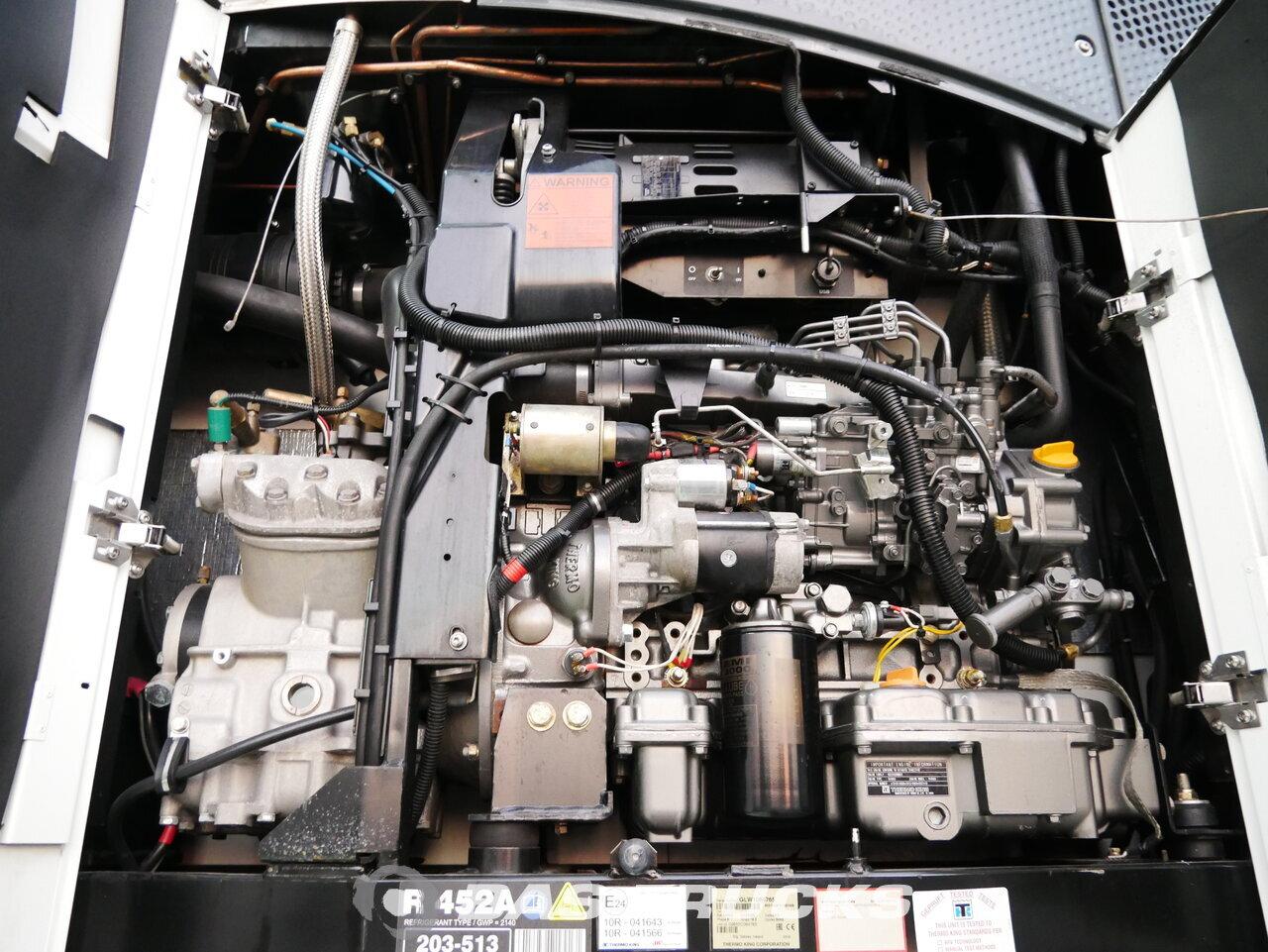 foto di Usato Semirimorchio Schmitz Doppelstock Thermoking SLXe 300 2804 Hours Palettenkasten SCB*S3B assi 2016
