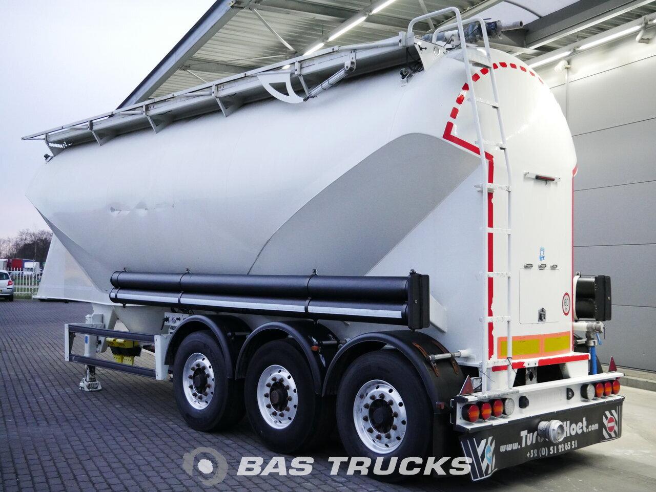 foto di Usato Semirimorchio Turbo's HOET 39m3 Cement Silo Liftachse SVMI6.7.39 assi 2015