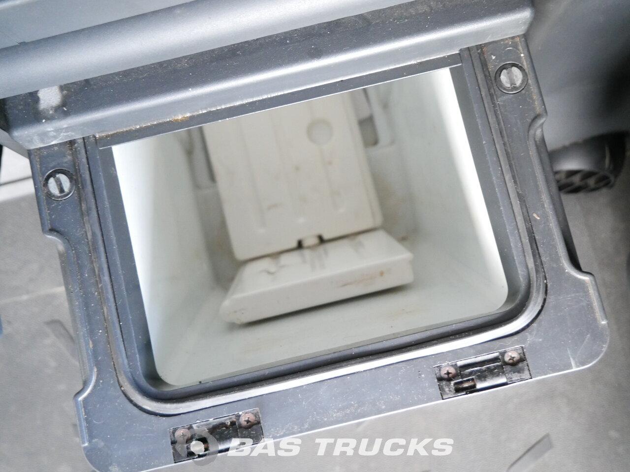foto di Usato Trattore IVECO Stralis AS440S45 4X2 2008