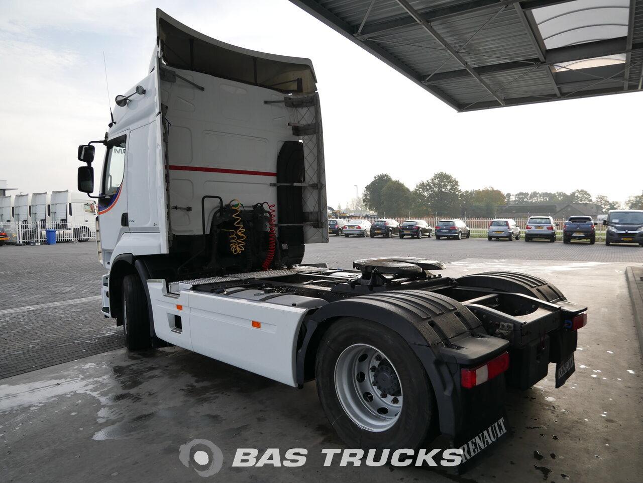 foto di Usato Trattore Renault Premium 460 4X2 2012