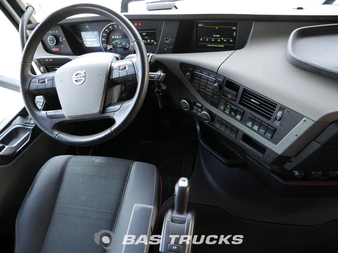 foto di Usato Trattore Volvo FH 500 4X2 2018