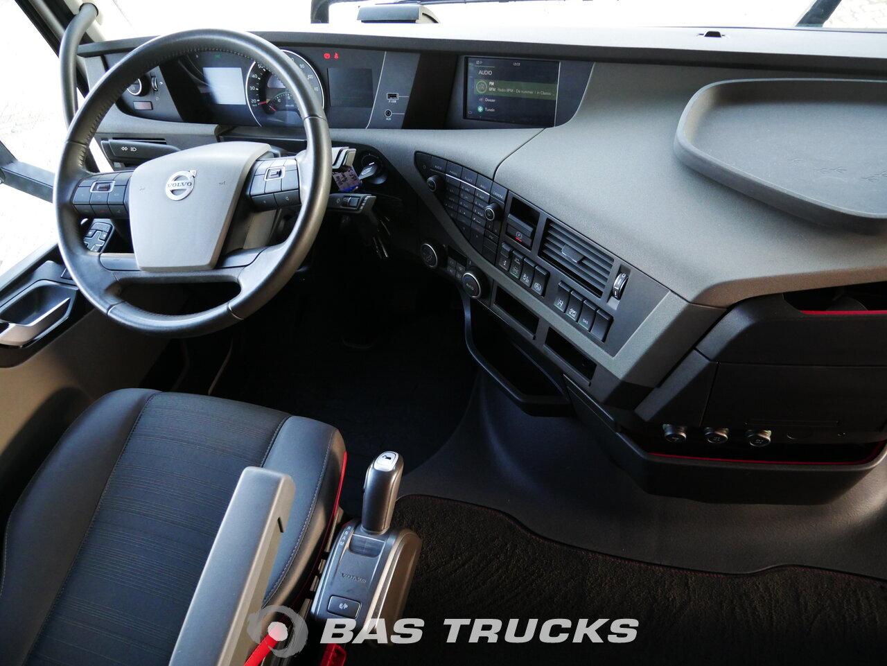 foto di Usato Trattore Volvo FH 540 XL 4X2 2017