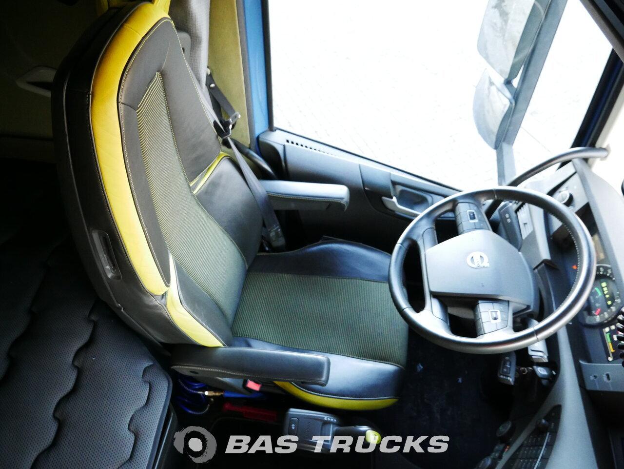 foto di Usato Trattore Volvo FH16 750 8X4 2015