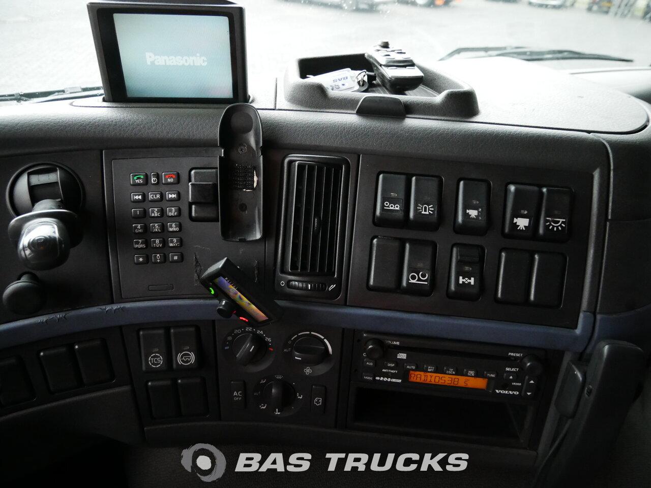 foto di Usato Trattore Volvo FM 440 6X2 2007