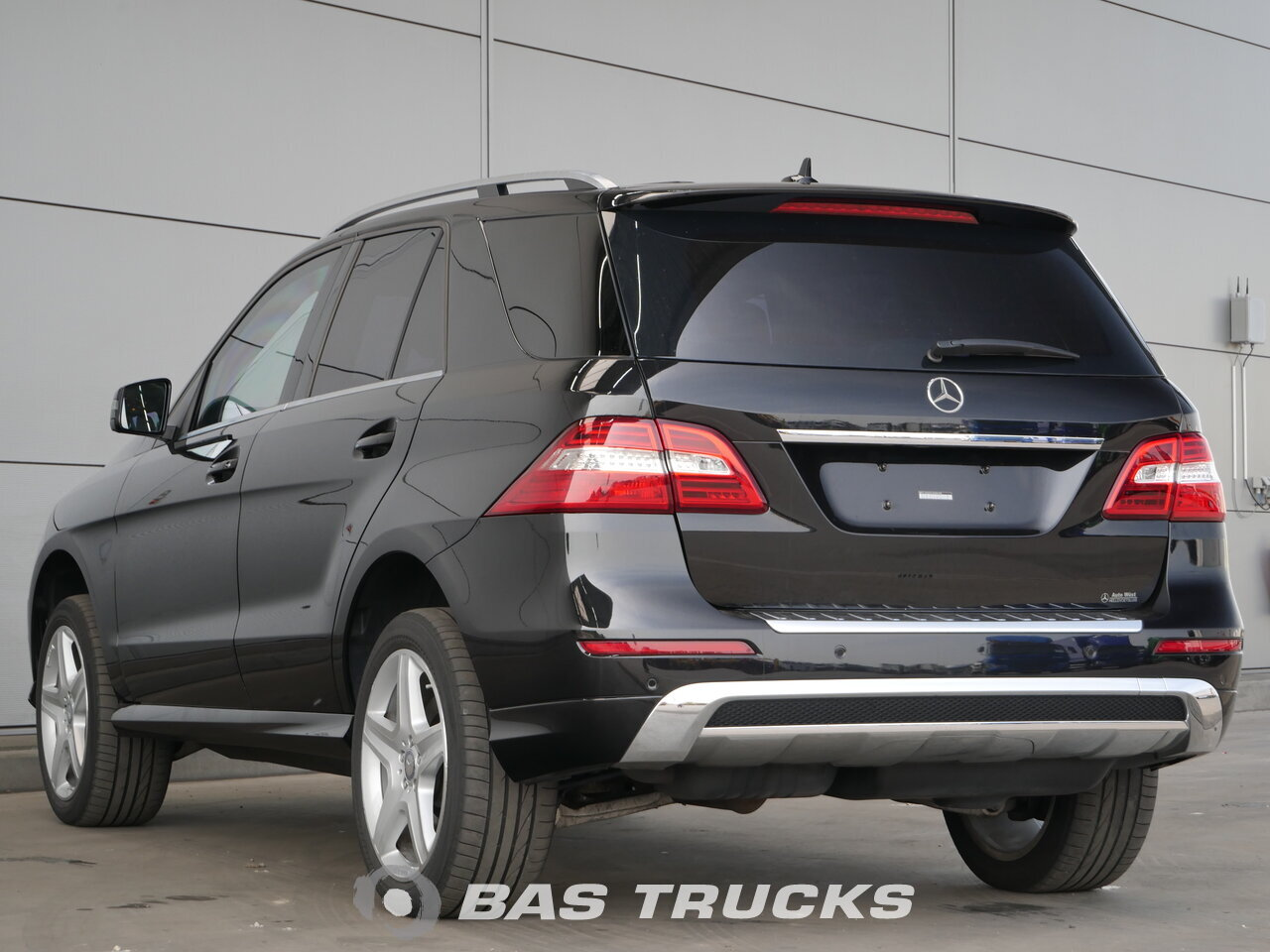 mercedes ml 350 bluetec 4matic guard b4 car bas trucks. Black Bedroom Furniture Sets. Home Design Ideas